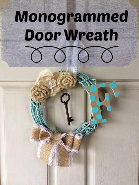 Monogrammed Door Wreath, DIY, Craft, How to Make a door Wreath with monogram