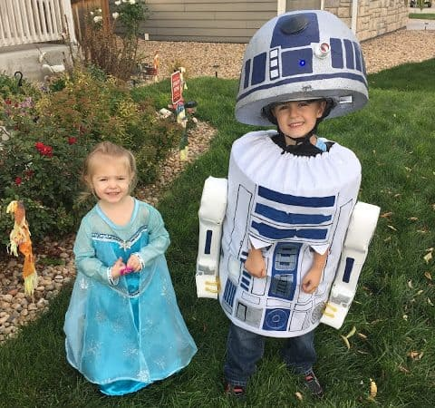 Halloween Recap + How to Make a R2D2 #Costume!