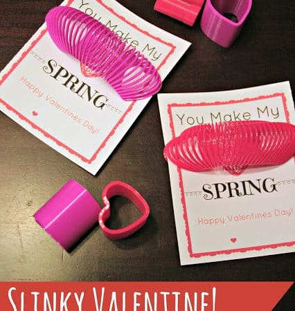Valentine's Day Slinky Card for Kids #BudgetFriendly