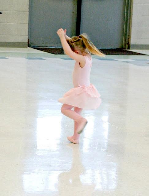 Stage Images Dance Studio, Brighton Colorado Dance Studio, Dance Classes in Brighton Colorado, Preschool dance classes in Brighton Colorado, Colorado Dance Studios, Affordable Dance Classes in Brighton Colorado