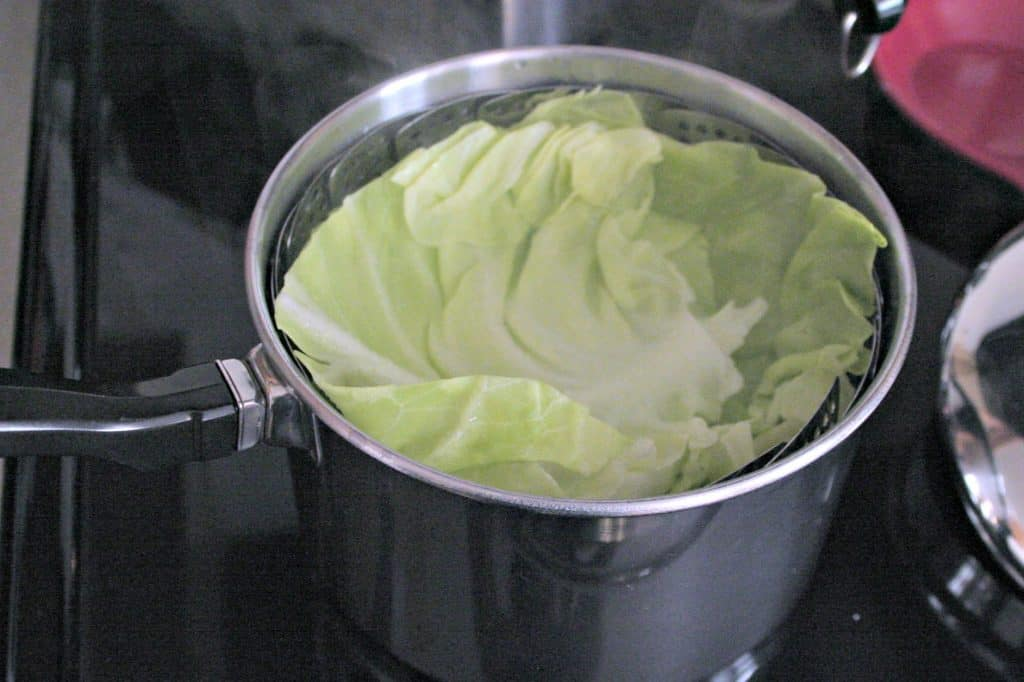 How to steam cabbage leafs