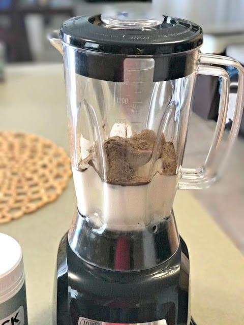 Nuzest, Nuzest Coupon code 2017, Nuzest shake recipe, nuzest healthy shakes, how to use nuzest in a shake, healthy chocolate shake recipe, healthy mint chocolate shake recipe