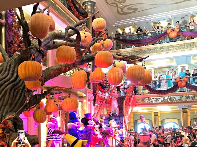 Halloween on the High Seas, Disney Cruise to Cabo, Disney Cruise experience, What to do on a Disney cruise, Is the cabo beach break worth the price
