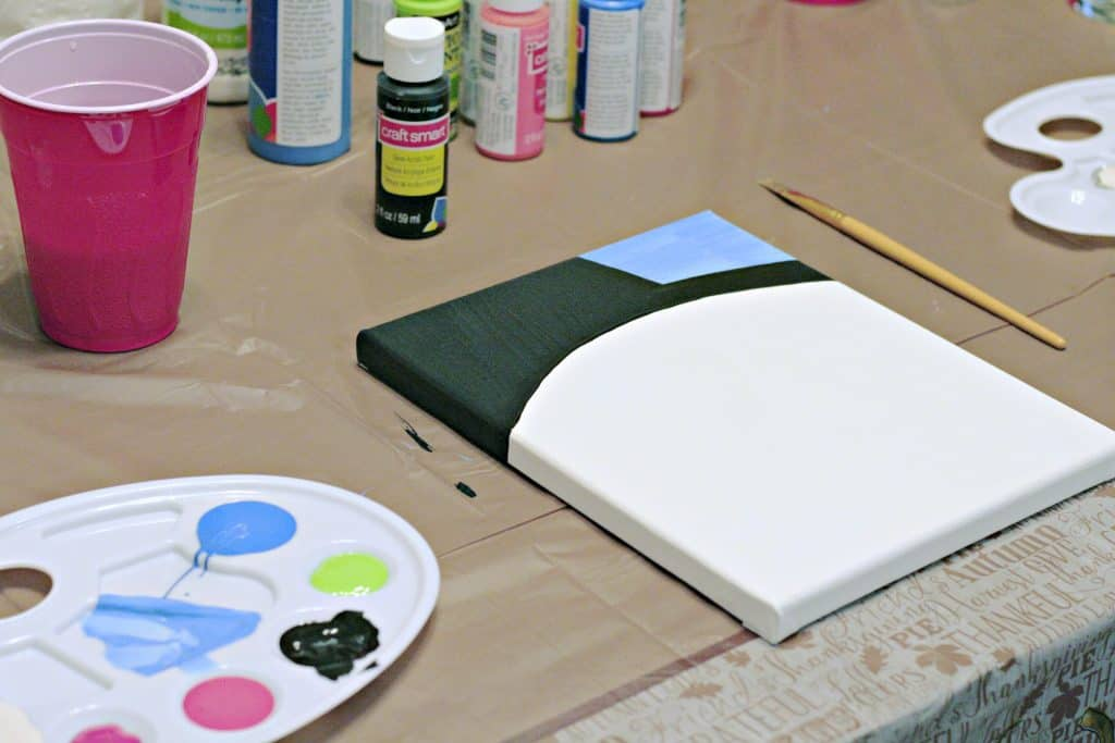 How to set up a DIY painting party