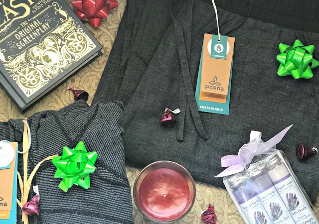 Tips for Self Care During the Holidays with prAna #giftedprAna