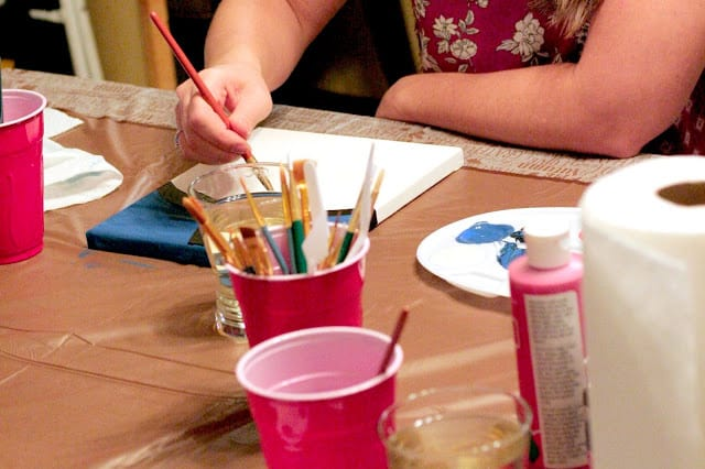 #FronteraExperience, #ad, At home paint and sip party, how to throw a girls night in on a budget, frontera skillet pairings, painting ideas for girls night in painting party, easy paint and sip party, Simple garden salsa recipe, 3 minute garden salsa recipe,