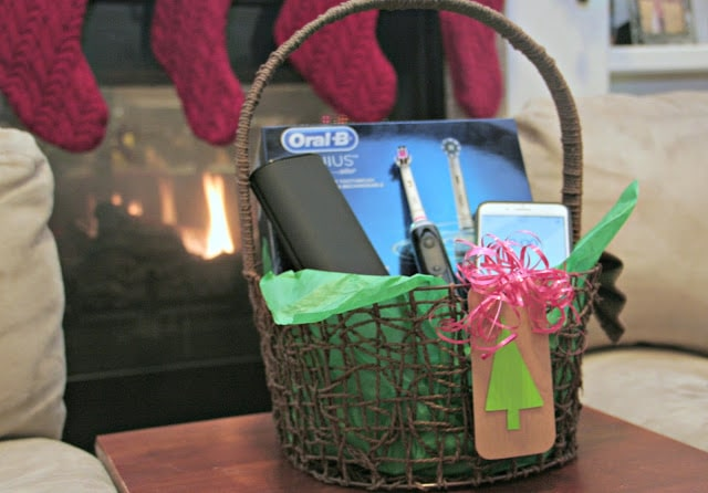 Oral B Genius 8000 giveaway, Oral B Genius toothbrush review, Oral B electric toothbrush, Specs on the Oral B genius 8000 toothbrush, Oral B App review, Great electric toothbrush for kids, Last minute gift ideas 2017