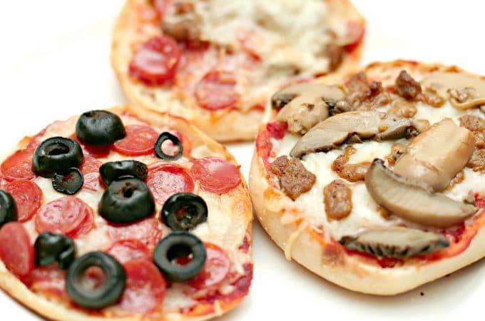 Kid Friendly English Muffin Pizza Bar & Sweepstakes! #BaysEnglishMuffins #ad