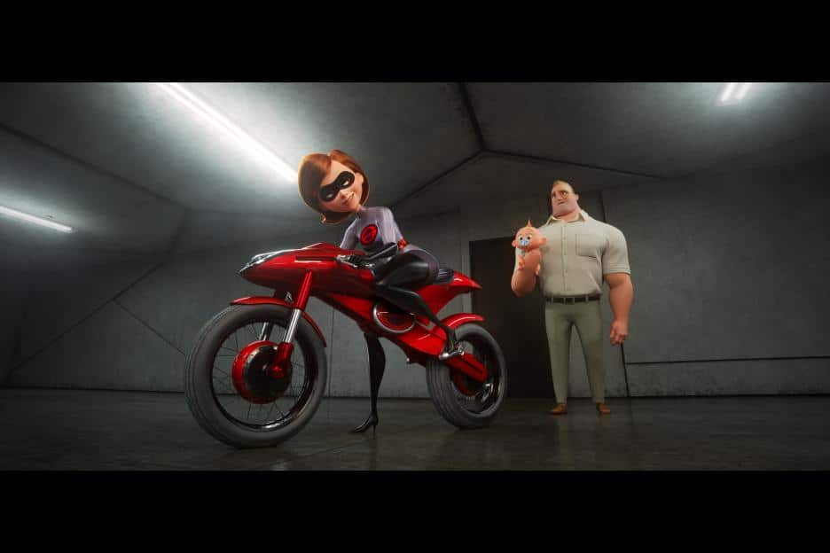 Reasons you should see Incredibles 2 opening weekend, no spoilers Incredibles 2 review, Incredibles 2 sneak peaks, Incredibles 2 movie images, Favorite reasons to see the incredibles 2