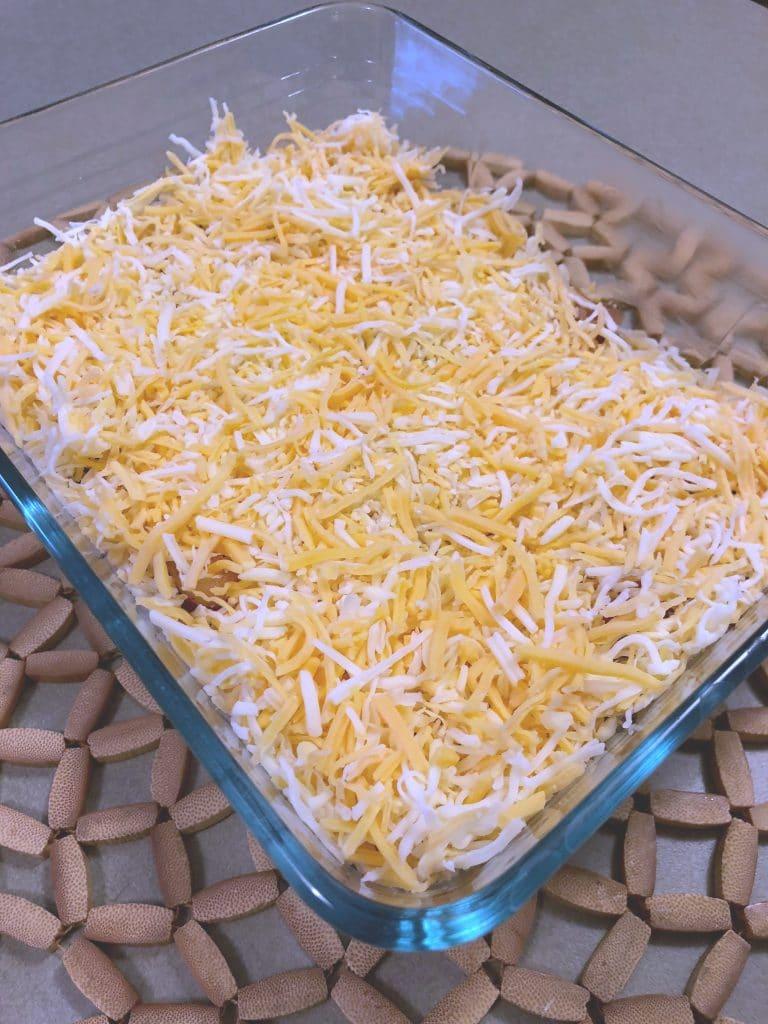 guacamole bacon ranch cheeseburger casserole, low carb bacon ranch cheeseburger casserole recipe, recipe for low carb cheeseburger casserole with guacamole, low carb guacamole recipe, LCHF cheeseburger casserole recipe, Keto Cheeseburger casserole recipe