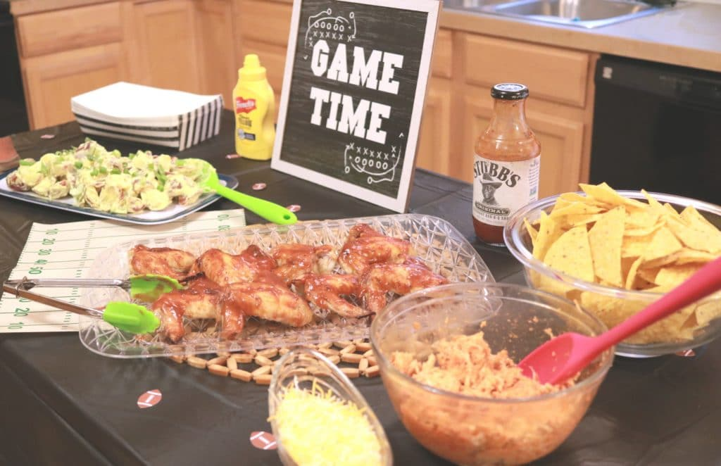 This Easy And Delicious Homegating Party Will WOW Your Guests