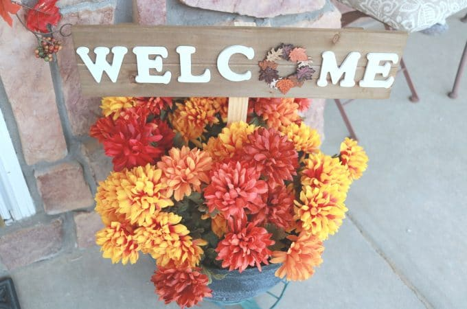 DIY Fall Front Entrance Ideas On A Budget