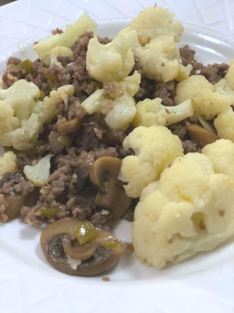Green chili cauliflower mash, easy cauliflower mash, cauliflower recipes that don't suck, tasty cauliflower recipes, low carb cauliflower recipes, keto cauliflower recipes, good cauliflower recipes