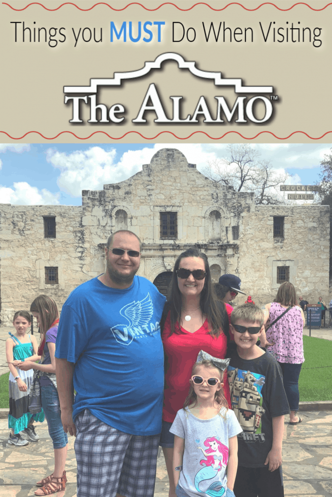 Things to do when visiting the Alamo, What to see at The Alamo, The Alamo guided tours