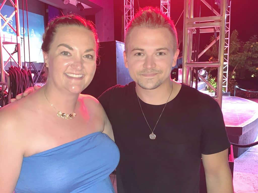 Hunter Hayes with Fan