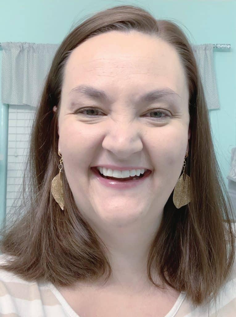 Lip Plumper gloss selfie