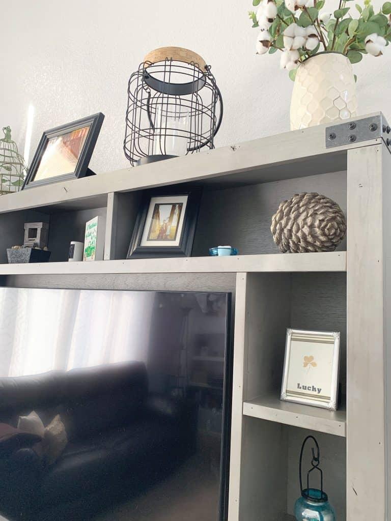 Earthy living room design
