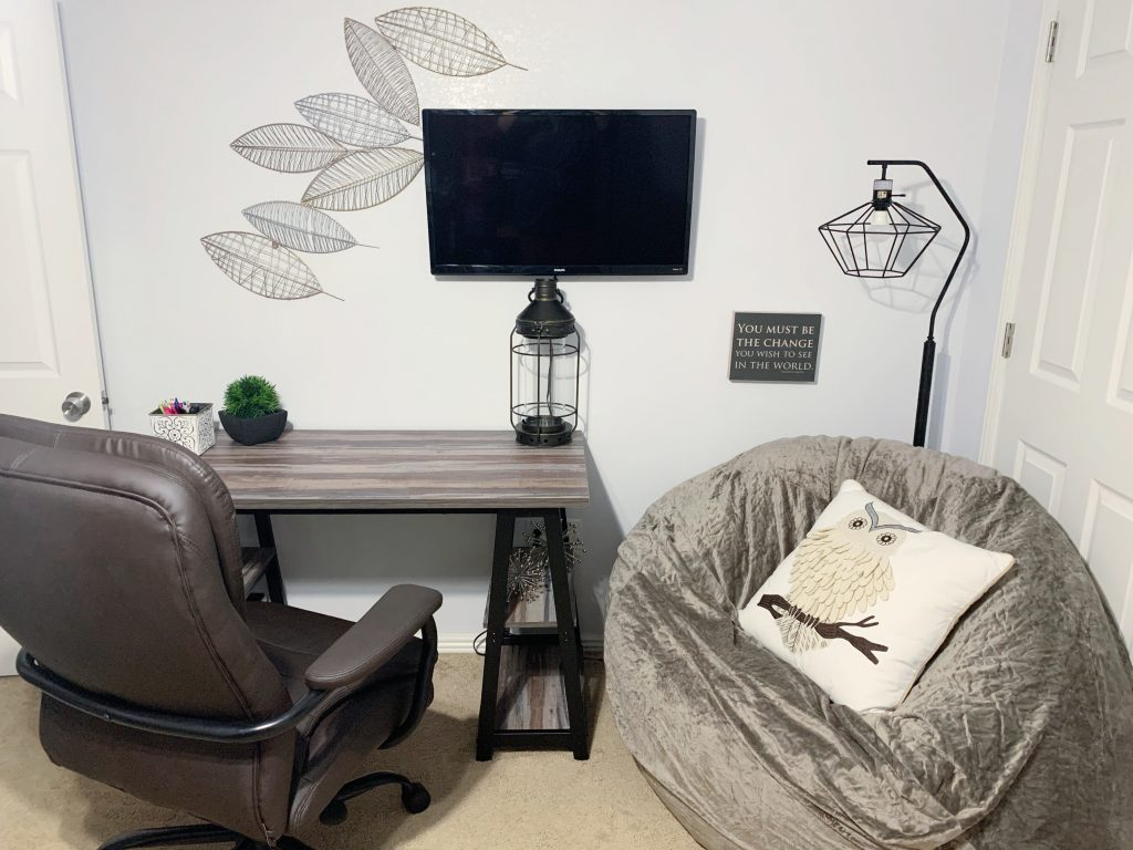 Industrial office design for teachers