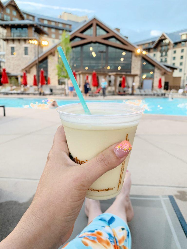 Gaylord Rockies poolside drinks